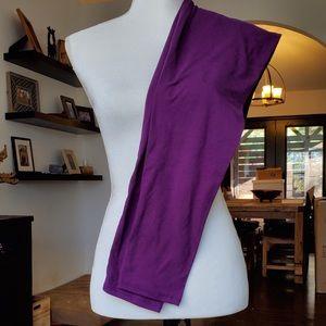 Agnes & Dora OS purple leggings